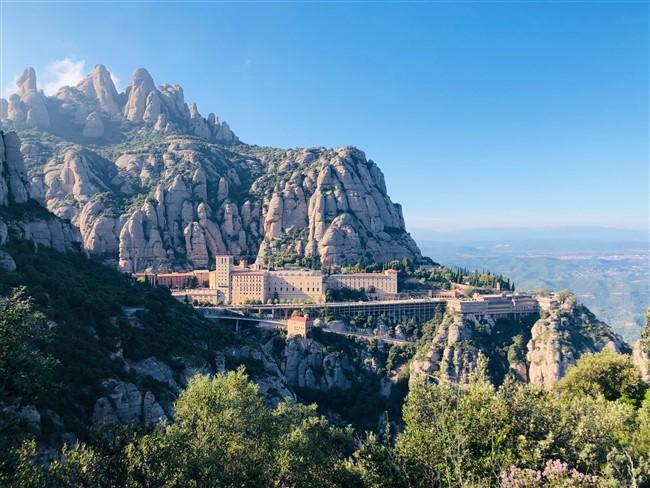 Montserrat hegye lélegzetelállító