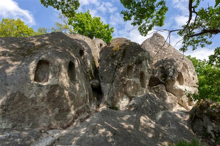 A szomolyai kaptárkövek ámulatba ejtik a látogatókat